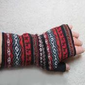 multicolor fingerless gloves